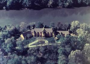 Casa Om Potomac